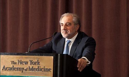Ο Έλληνας επιστήμονας πίσω από το νέο φάρμακο για το Αλτσχάιμερ