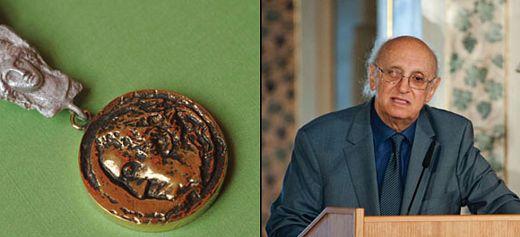 Έλληνας συγγραφέας τιμήθηκε με το μετάλλιο Γκαίτε