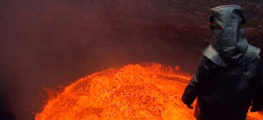 Ο Γ.Κουρούνης κατέβηκε στον κρατήρα του ηφαιστείου Βανουάτου