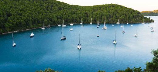 2 Greek islands among the 10 best unknown islands in Europe