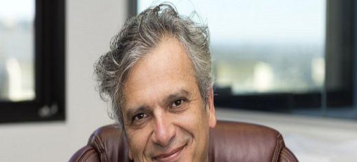 Διευθυντής στο Ινστιτούτο Κοινωνικής Δικαιοσύνης του Australian Catholic University