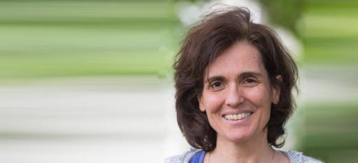 Καθηγήτρια στο Πανεπιστήμιο Λουγκάνο της Ελβετίας