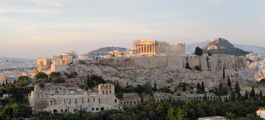 A Greek city among the top 10 ideal destinations for November