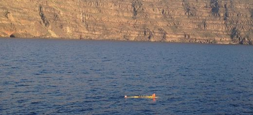 German and Greek scientists study underwater volcanoes in Santorini