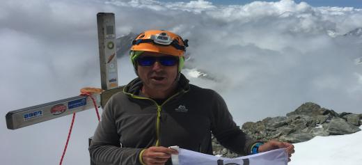 O Έλληνας ορειβάτης που στοχεύει να κατακτήσει ξανά τις ψηλότερες κορυφές του κόσμου