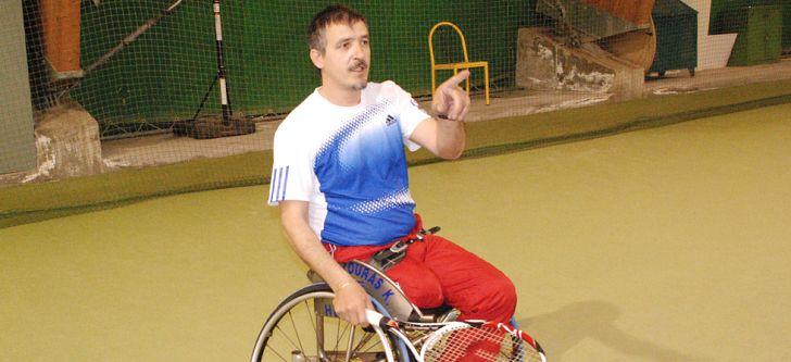 Νίκησε την αναπηρία μέσω του αθλητισμού