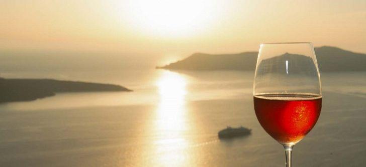 Ένα ελληνικό νησί στους καλύτερους προορισμούς κρασιού στην Ευρώπη