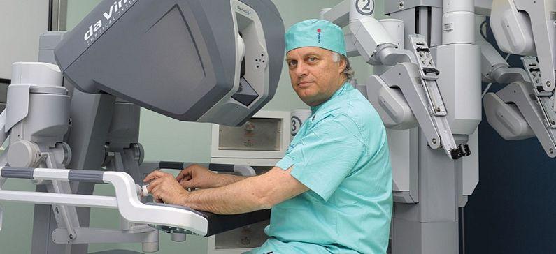 Παγκόσμια ελληνική επιτυχία στη ρομποτική χειρουργική