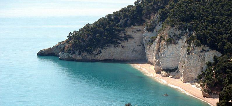 Μια ελληνική παραλία στις κορυφαίες της Ευρώπης