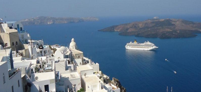 2 Greek islands among the best Mediterranean island cruise getaways
