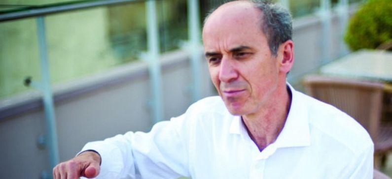 Διευθυντής της Σχολής Ελληνικών Σπουδών στο Πανεπιστήμιο του Οχάιο