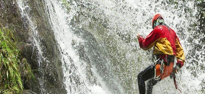 Τα 10 καλύτερα μέρη στην Ελλάδα για canyoning