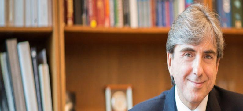 Ένας από τους σημαντικότερους ερευνητές στον κόσμο στην καταπολέμηση του καρκίνου