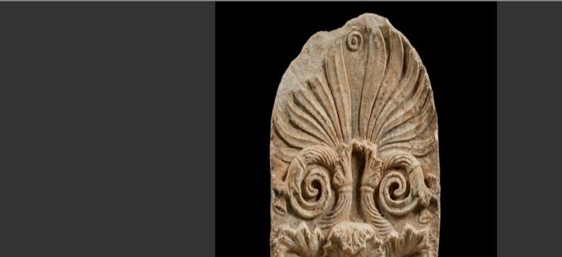 Ο Έλληνας κυνηγός κλεμμένων αρχαιοτήτων εντόπισε ελληνική μαρμάρινη στήλη