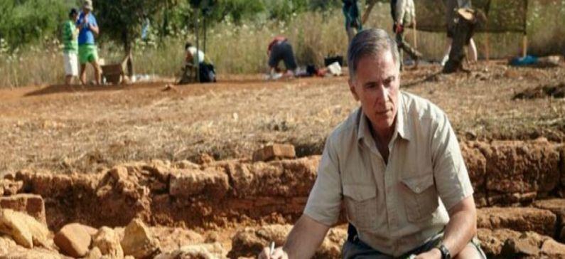 Έλληνας καθηγητής τιμήθηκε για την προσφορά του στη μελέτη του αρχαίου ελληνικού πολιτισμού