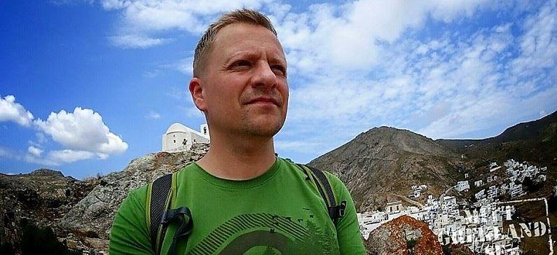 Ο Σουηδός travel blogger που μεταδίδει το πάθος για διακοπές στην Ελλάδα