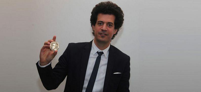Βραβεύεται ακόμα μία φορά για την κορυφαία προσφορά του στην επιστήμη