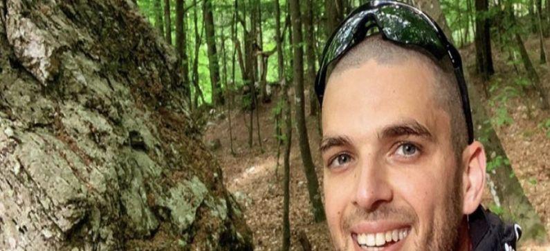 Ανέβηκε στην κορυφή του Ολύμπου κουβαλώντας στην πλάτη του την 22χρονη Ελευθερία