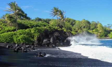 6. Black Sand Beach, Maui, Hawaii