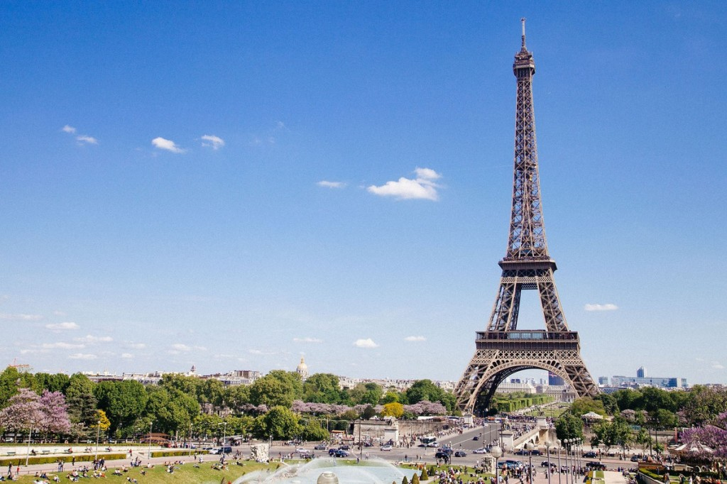 seven-wonders-of-europe-the-eiffel-tower-european-best-destinations