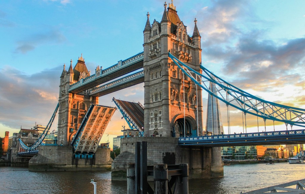 seven-wonders-of-europe-tower-bridge-european-best-destinations