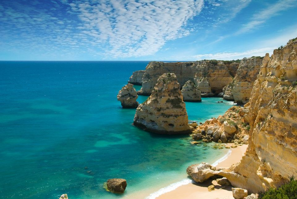 Wine Country to Algarve Beaches, Portugal